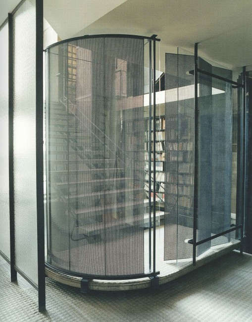 Maison de verre house of glass paris the perfect bath for A la maison de verre