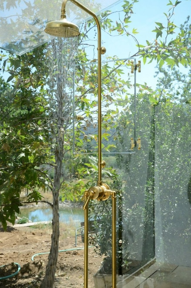 Outdoor showers the perfect bath for Outdoor shower tower