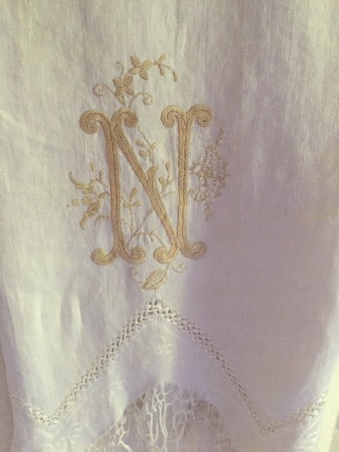 A vintage towel in my bath with exquisite hand stitching. I love the  single embellished 'N'.