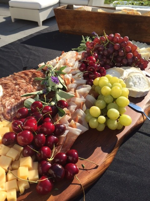 A perfect selection of cheese and fruit for casual summer outdoor dining. I was thinking about this wonderful spread when I selected a hostess gift for friends in Vermont.